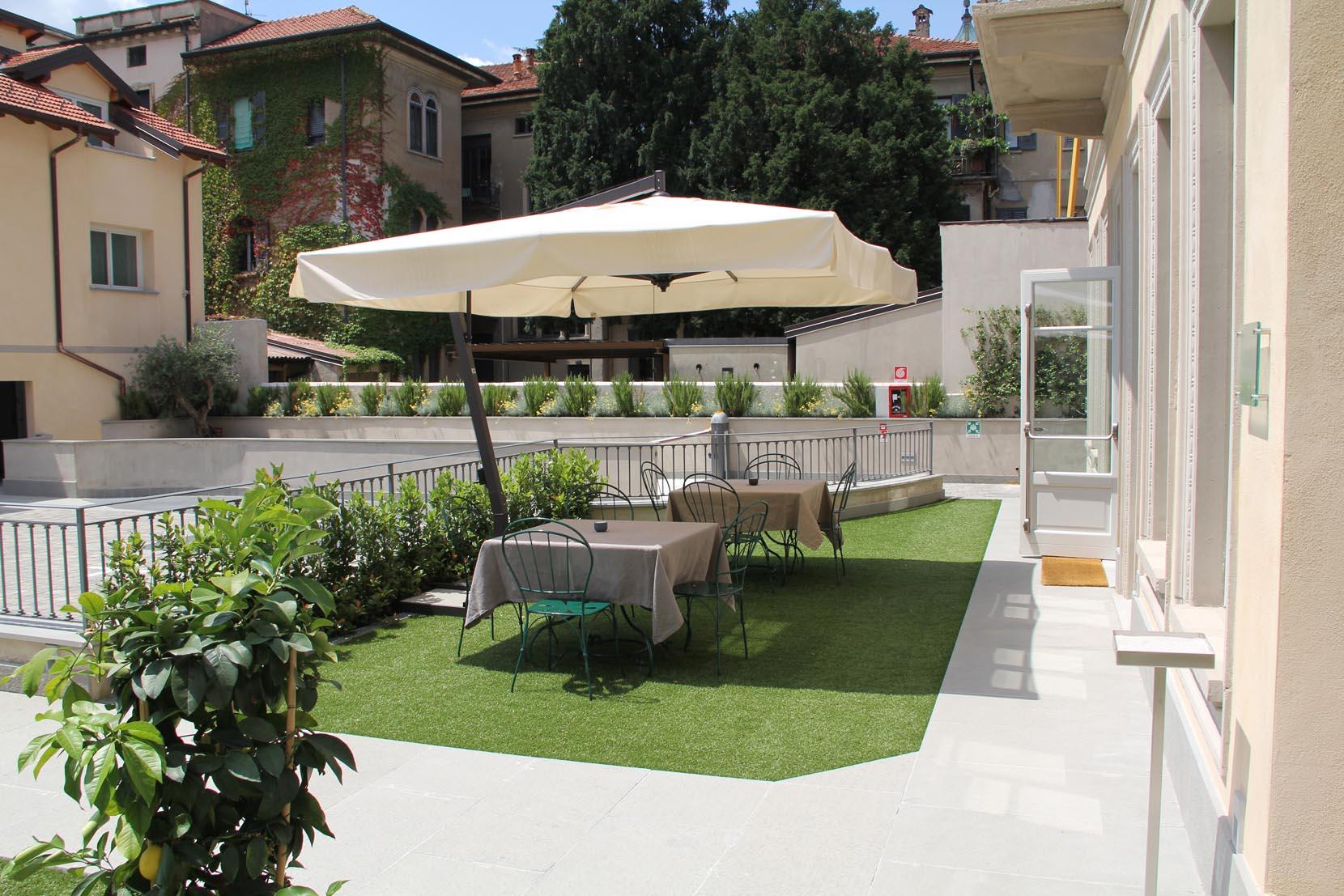 Bar et Jardin